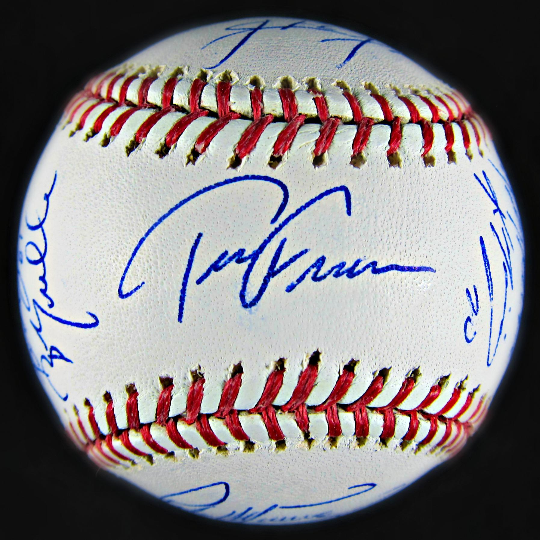 2004 Boston Red Sox Team Signed Baseball (26 signatures ...