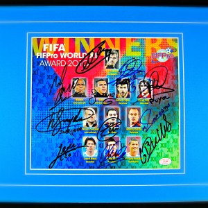 fifapro-world-XI-award-2010-team-signed-display1