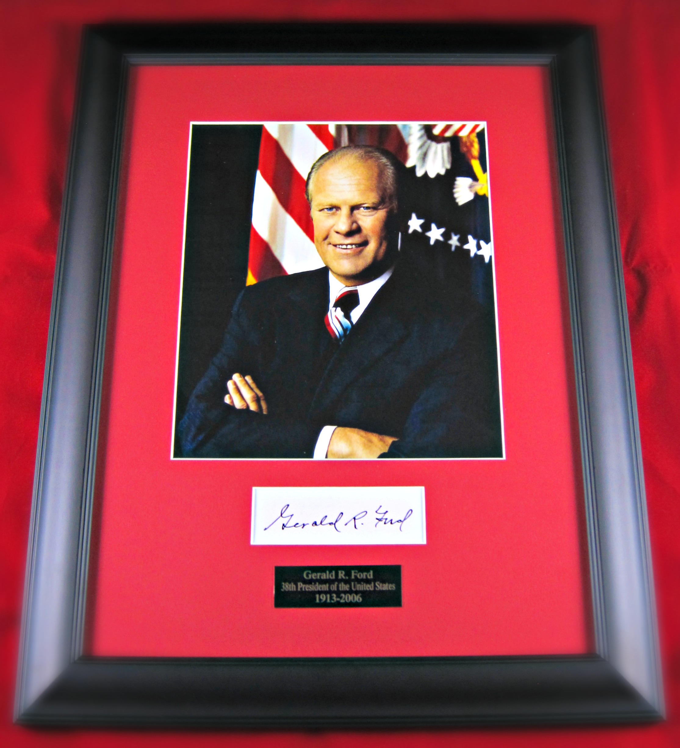 Gerald Ford Framed Signature Display Memorabilia Center