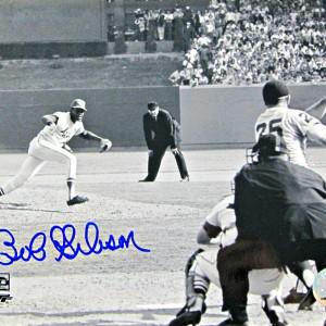 bob-gibson-signed-photo