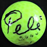 pele-signed-golf-ball