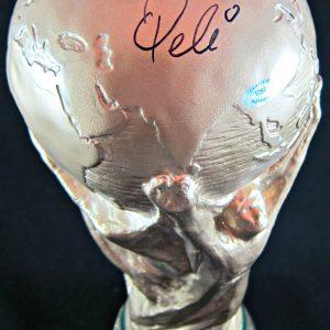 pele-signed-trophy