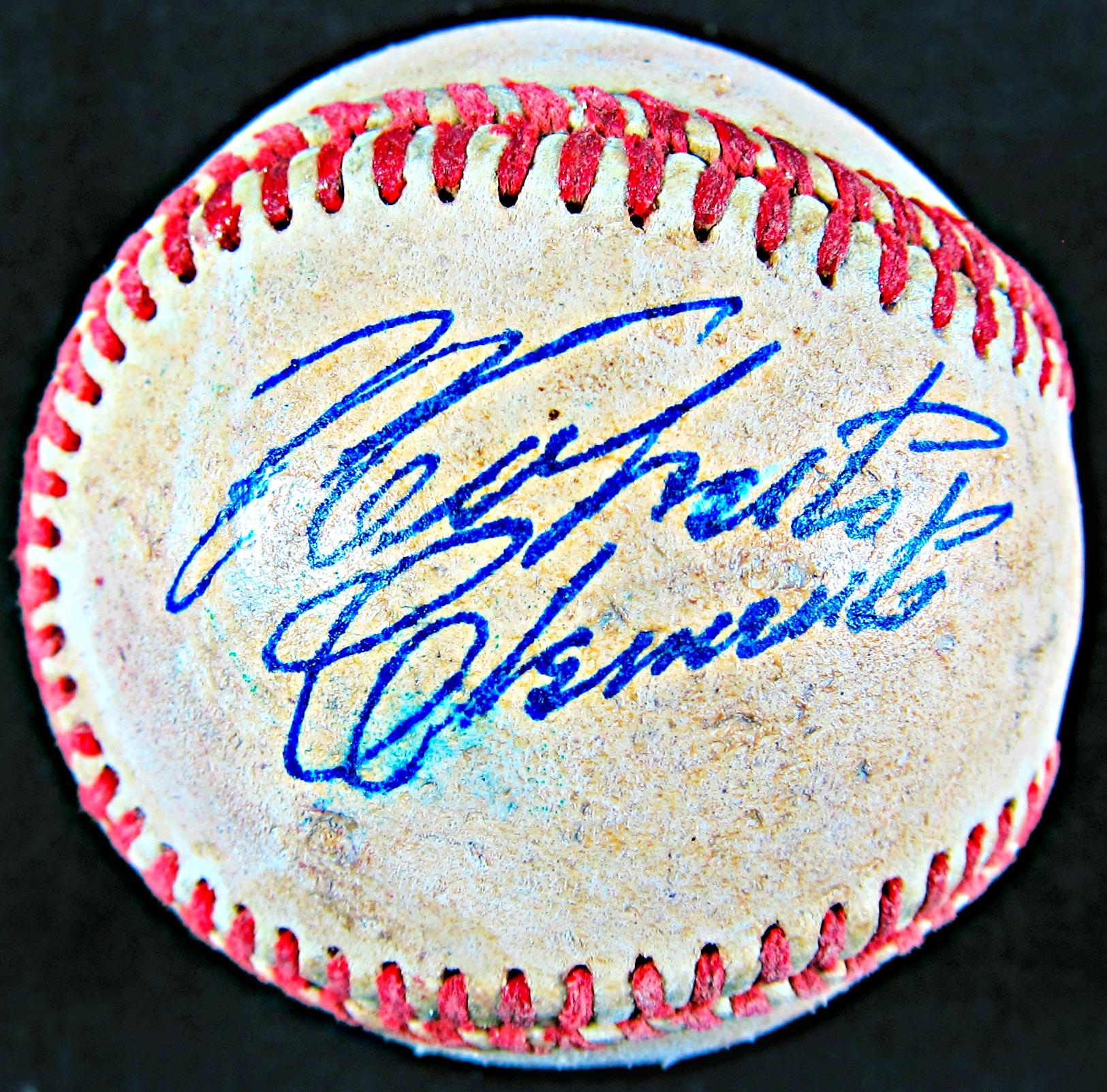 Roberto Clemente Autographed Baseball