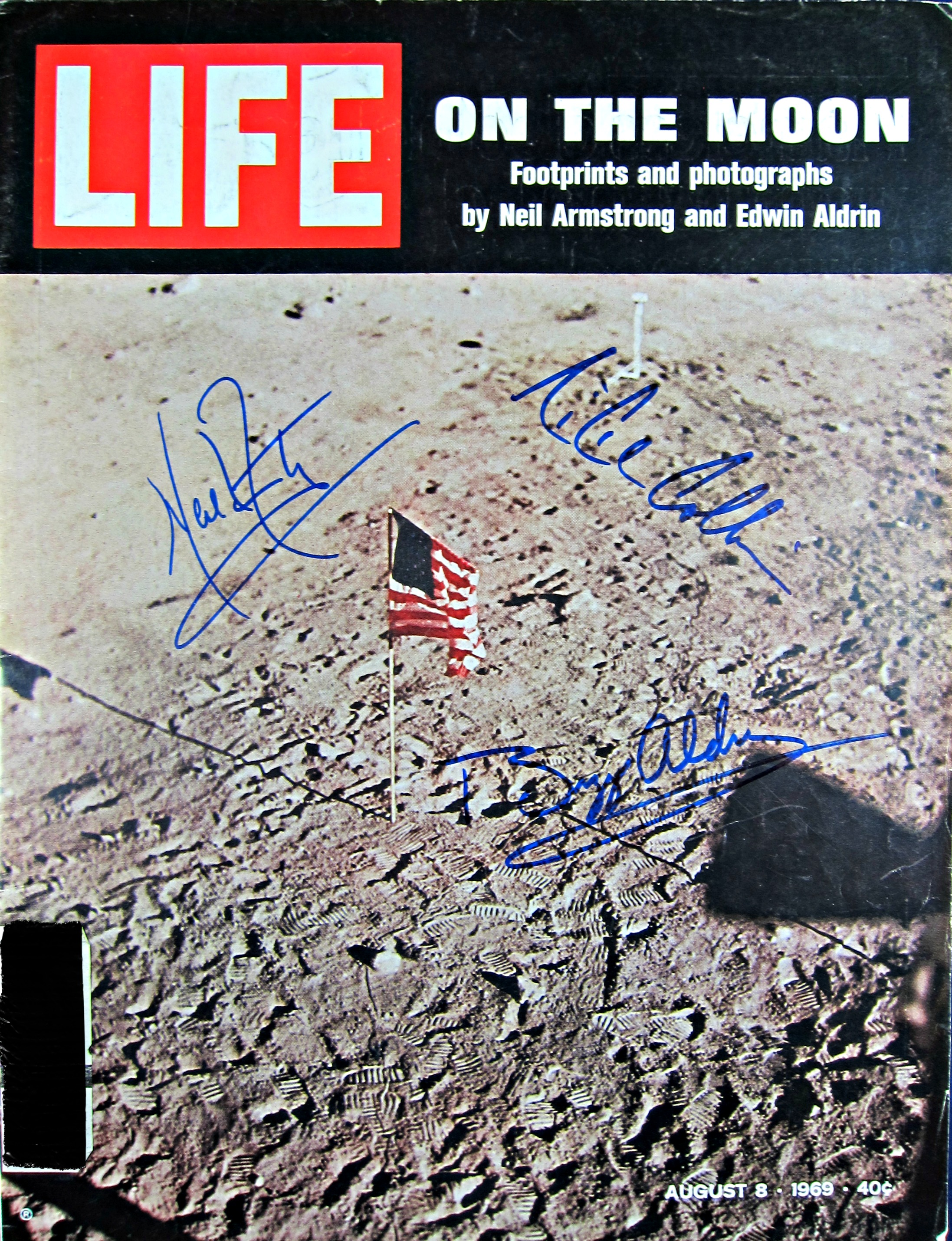 Apollo XI crew signed magazine